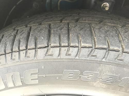 タイヤの溝にご注意
