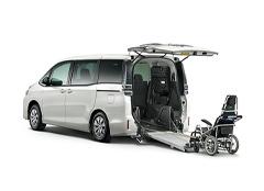 福祉・介護車両カーリーストヨタ ヴォクシー車いす仕様車スロープタイプⅡ サード付 X 2WD